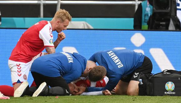 Christian Eriksen salió consciente del estadio danés por Eurocopa. (Foto: AFP)