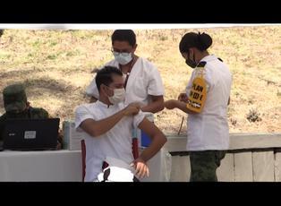 """OMS pide a los países cesar los """"acuerdos bilaterales"""" con laboratorios para vacuna contra covid-19"""