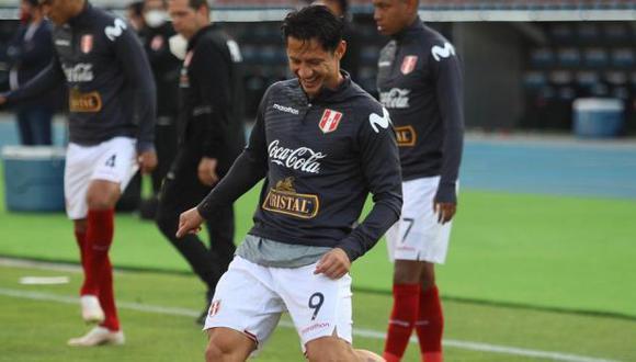 Gianluca Lapadula confía en remontar la situación con la selección peruana. (Foto: FPF)