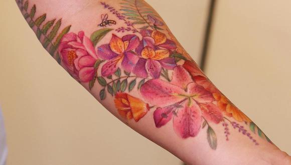 """""""Hacer un tatuaje implica gran responsabilidad, tener presentes los procesos de bioseguridad, significa transformación, compromiso con el arte y la persona que lo recibe"""", señala la artista tatuadora"""
