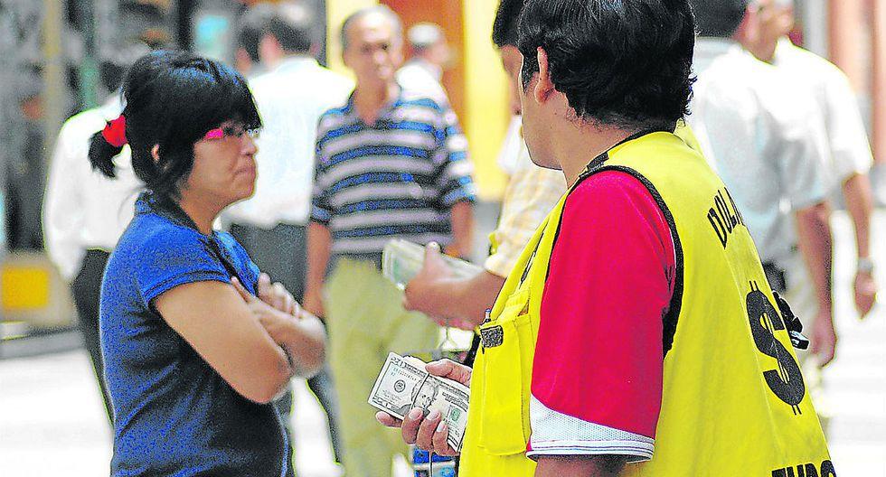 En 90 días salen cambistas de las calles de San Borja