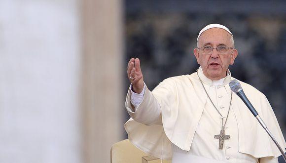 """Papa Francisco pide una """"revolución cultural"""" contra """"el suicidio"""" del planeta"""