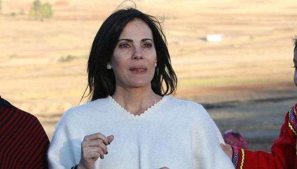 "Karina Calmet critica que interpretó a ""mujeres frívolas"" por ser blanca"