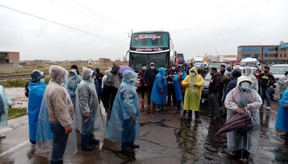 Los transportistas amenazan con radicalizar su medida.