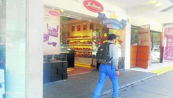 Arequipa: delincuente se lleva 8 mil soles de tienda de chocolates La Ibérica