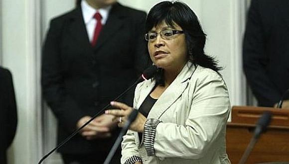 Cuestión de Confianza: Esther Saavedra se mantiene en su decisión de no otorgarlo
