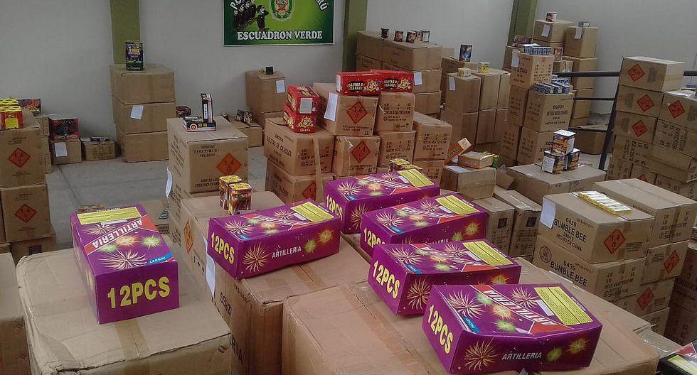 Policía incauta 180 mil soles en productos pirotécnicos