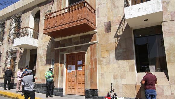 Funcionario de comuna de Paucarpata fue detenido conduciendo bajo efectos del alcohol