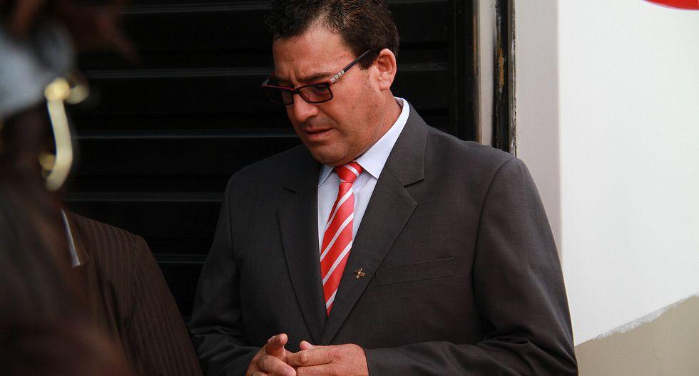 Aprueban investigar a exalcalde Edwin Martínez por presuntas irregularidades