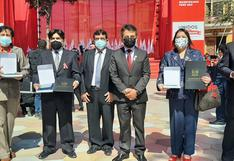 Profesores de la región Ica fueron premiados