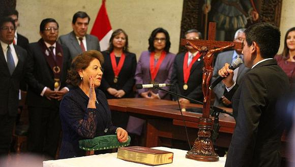 Lilia Pauca Vela fue juramentada  como alcaldesa de Arequipa