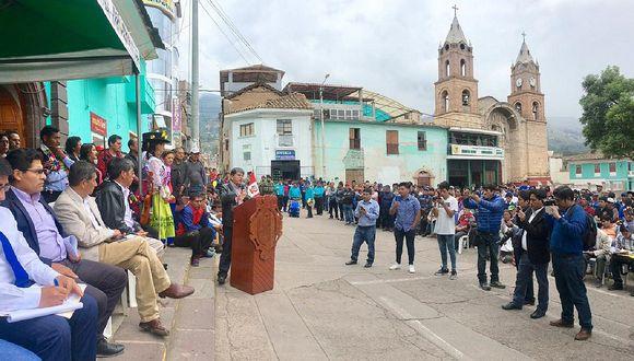 Gobernador recogió demandas de la provincia Huanta y anunció inicio de obras
