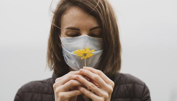 Esta enfermedad, junto con la anosmia o la pérdida del olfato, son algunos de los síntomas que están padeciendo las personas que se han contagiado con COVID-19.