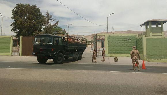 Militares de Moquegua se desplazan a San Cristóbal Calacoa