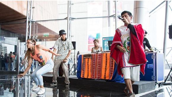 Jóvenes disfrutaron de un espectáculo de Shakespeare y hip hop en quechua