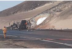 Chimbote: Chofer muere en incendio  de cisterna que llevaba gas