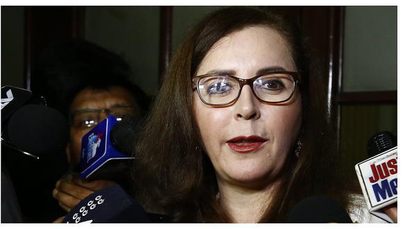 """Rosa Bartra: """"Daniel Salaverry debería asumir las consecuencias de sus actos"""""""