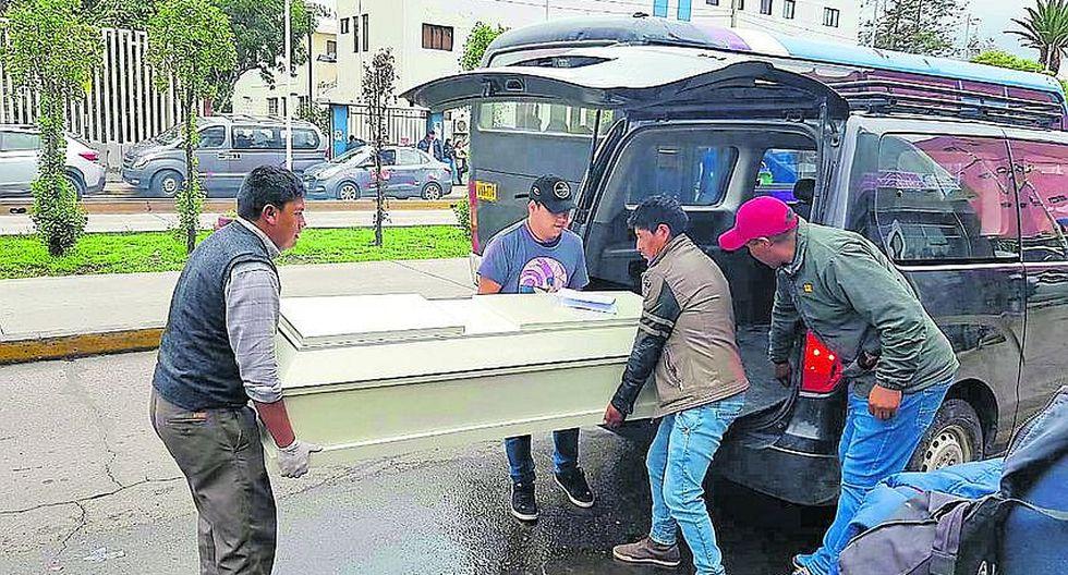 Lloran por madre e hijos fallecidos en choque de buses