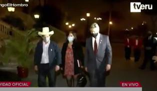 Pedro Castillo y Francisco Sagasti culminaron reunión en Palacio de Gobierno (VIDEO)