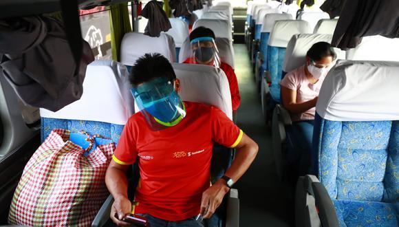 Ministro de Salud, Hernando Cevallos, indicó que muchas personas, al viajar por largas horas puede ser eventualmente contagiadas, por lo que se busca que no desarrollen complicaciones de la enfermedad.  (Foto: Jessica Vicente/@photo.gec)