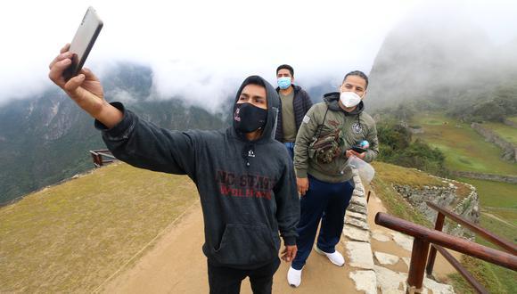 Turistas Machu Picchu. Foto: J. Sequeiros