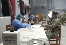 Inician vacunación contra la COVID-19 a integrantes del Ejército en Tacna