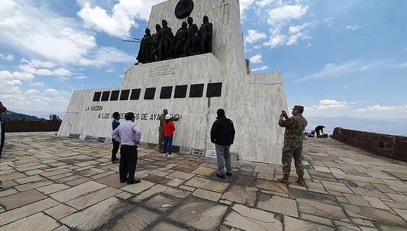 Anuncian restauración y puesta en valor del Obelisco de la Pampa de Ayacucho