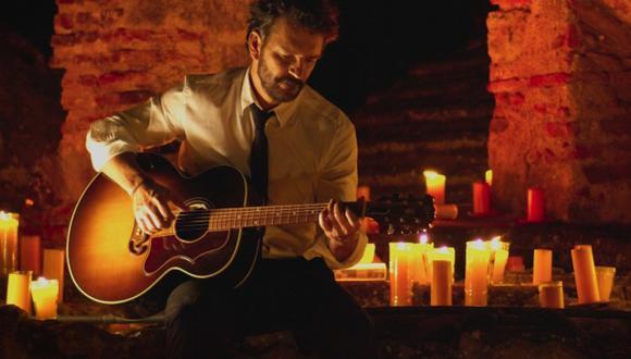 Ricardo Arjona confirmó que su concierto virtual estará iluminado con 5 mil velas. (Foto: @ricardoarjona)