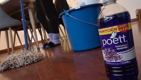 Bodegas deben suspender la venta de Poett y las personas dejar de usar el producto.
