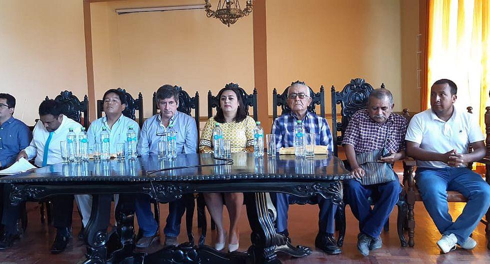 Alcaldesa Violeta Muro confirma que empresa abandonó obra de la reconstrucción