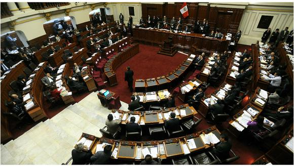 ¿Cuánto ganan y reciben los congresistas en el Perú?