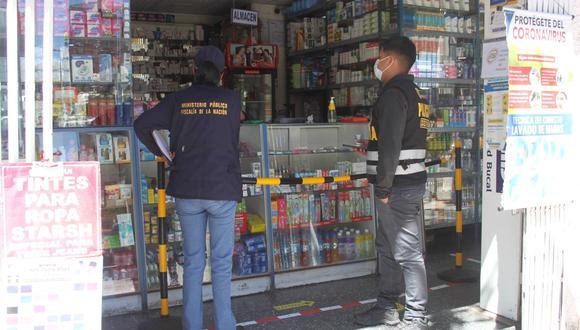 Comprobaron que la mayoría de farmacias no tenían al frente de la atención a un profesional del área. (Foto: Difusión)
