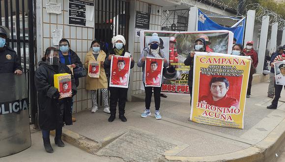 Familiares piden puente aéreo para bombero huancavelicano