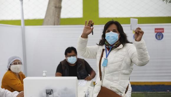 Algunas personas insultaron a la candidata a la primera vicepresidencia por Perú Libre. (Foto: César Bueno / GEC)