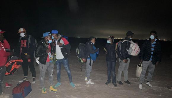 Extranjeros cruzan la frontera por pasos no autorizados procedentes de Chile