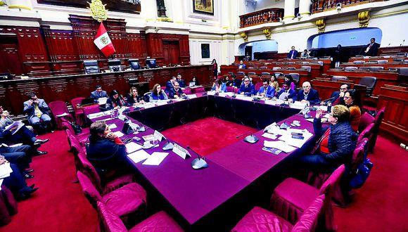 Constitución: Listo dictamen de la tercera reforma