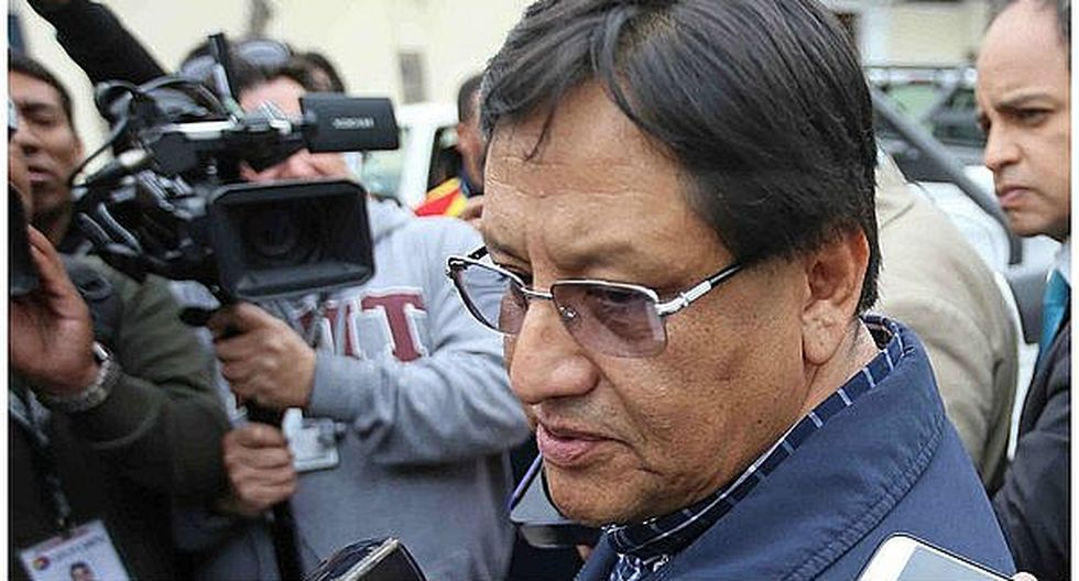 Comisión de Fiscalización investigará a Carlos Moreno