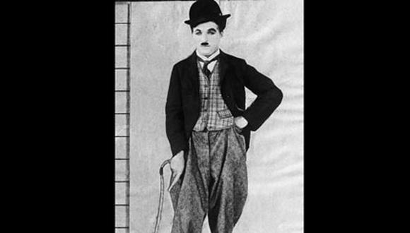 Venden el sombrero y bastón de Charles Chaplin