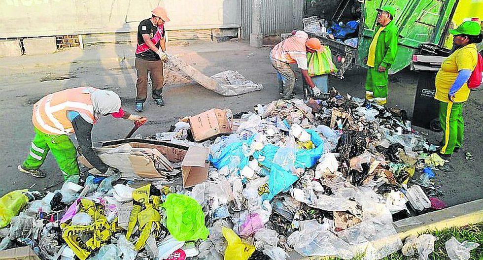 Vendedores ambulantes convirtieron las calles de Ica en un muladar