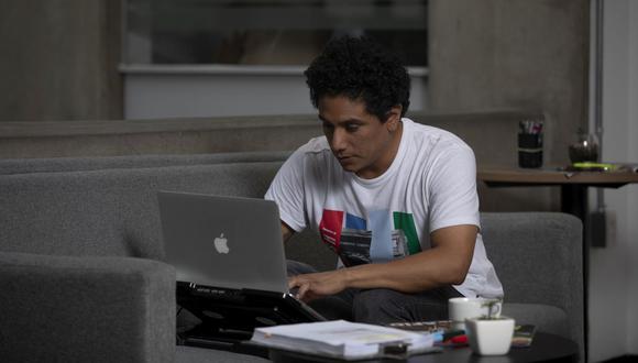El derecho a la desconexión se plantea básicamente para el trabajo remoto, pero es un pie a que más adelante se extienda a otros escenarios, según especialista. (Foto: Leandro Britto / GEC)