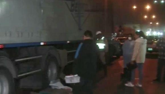El conductor fue trasladado a la comisaría. (Foto: Captura/América Noticias)