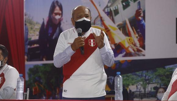 Se sumó al equipo técnico de Keiko Fujimori (Fuerza Popular) y pidió a la ciudadanía que reflexione sobre la situación política del país. (Foto: Eduardo Cavero / GEC)