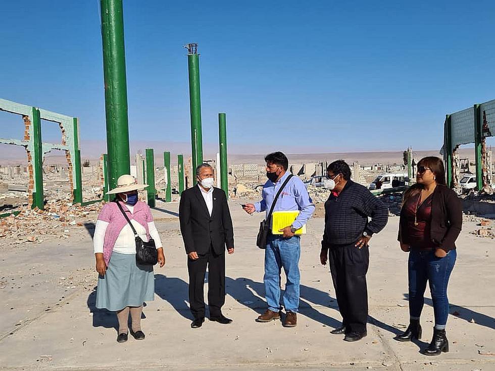 Congresista cuestiona desalojo de Apertac y se reúne con sus integrantes