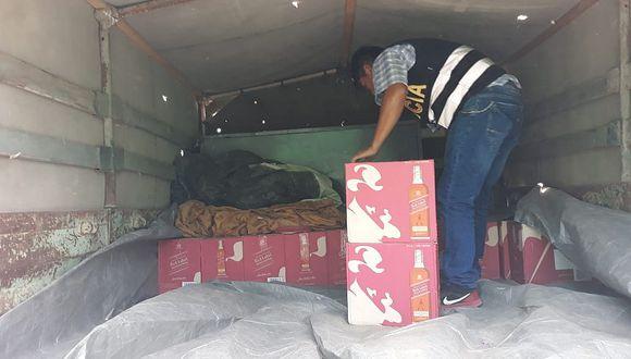 Camión con cargamento de licores fue subastado por el Ejército