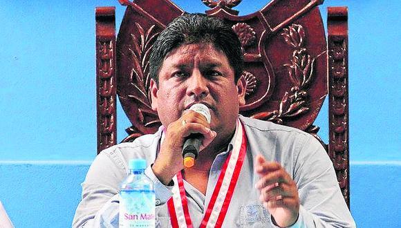 Acusan a alcalde de Salas de utilizar indebidamente camioneta de serenazgo