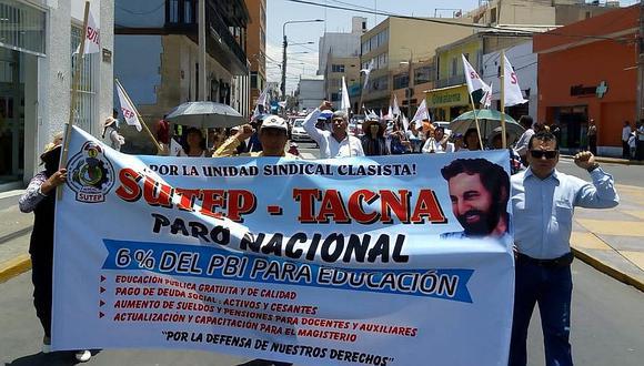 Acuerdan revisar pago de bonificación a docentes por zona de frontera