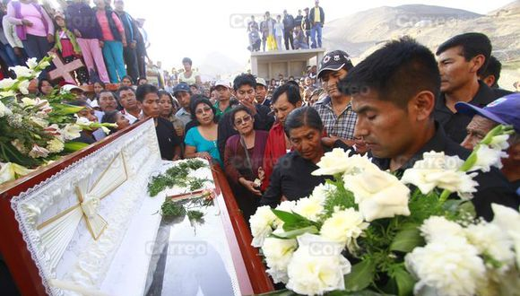 Tía María: Hijo de fallecido en protestas contra minera culpa a PNP