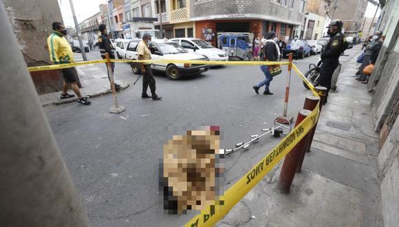 Geno Chávez Miranda (48) murió tras ser impactado por un balazo durante un incidente ocurrido en el cruce de los jirones Jauja y Áncash, en la zona de Barrios Altos, en el Cercado de Lima. (Foto: PNP)