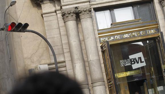 En la apertura, el índice S&P/BVL Perú General rebotaba y subía 1.89% hasta los 18.004,99 puntos. (Foto: GEC)