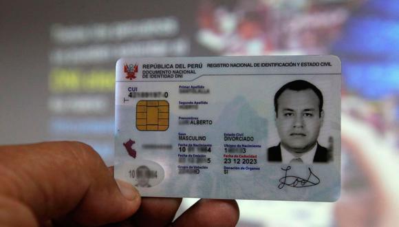 Algunos ciudadanos tienen este documento vencido y debido al estado de emergencia no han podido hacer el trámite de renovación en el Reniec (Foto: Andina)